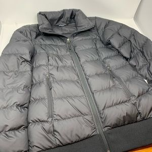 The North Face 550 Puffer Jacket size S